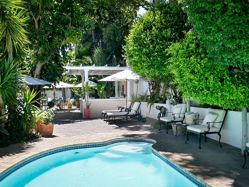 Pool och trädgård Villa Andrea Kapstaden