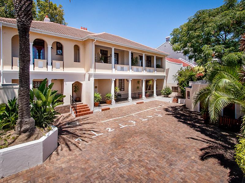 driveway Villa Andrea Capetown